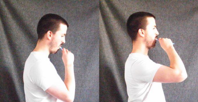posture brushing teeth
